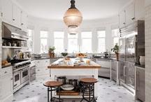 Kitchens / by Jessica Senti