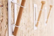 Hooks n´ Daggers / Hang n´ Place