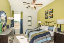 McCrary Meadows - Richmond, TX / Welcome to McCrary Meadows, located in beautiful Richmond, TX! Lennar's new homes are conveniently located near the Westpark Tollway and Grand Parkway 99, making commuting to work a breeze.  Residents of this master planned community will be able to enjoy the on-site community center, play ground, park, swimming pool, and tennis courts.