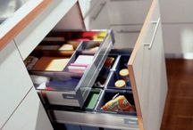 Kitchen Accessories / With the right kitchen accessories, managing your recyclables can be neat and convenient.