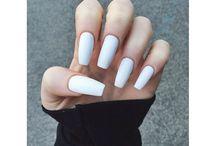 Long nails / długie paznokcie