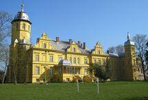 Stuchowo - Pałac / Pałac w Stuchowie wybudowany w połowie XIX wieku przez Leo von Plotza. Obecnie mieści się tu szkoła podstawowa.