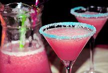 yummy drinks / by Syrena Hatch