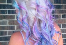 I WANT TO DO THIS HAIR / by Madison Foerster