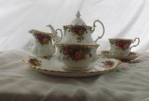 Teasets / A small selection of our beautiful antique and vintage hire pieces. With over 200 over settings available to hire.
