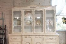Shabby Chic is who I am!!!! ;)