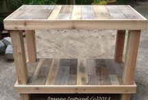 Woodworking / by Nicole Leirer