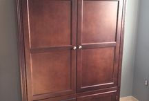 really nice maple wood audio/video armoire / (325$)i have a nice maple wood tea color audio/video armoire in good condition,it can also be used as a clothes cabinet if you had a pole or shelfs,the mesurements are 39 inches wide x 63 inches high x 23 inches depth,the inside is 36 inches wide x 21 inches depth and the bottom is 19 1/2 inches high and 36 inches high,i am in brampton area ,ask us what else we have for sale we have a lot,thank youNo Pay Pal