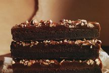 Drooling ☆ Cakes & Pastries / by Inés Nami
