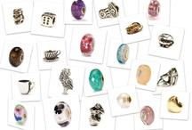 """TU QUALE BEADS SEI? / TROLLBEADS non è solo un gioiello prezioso, ma anche una filosofia di vita. La sua unicità sta nei significati, nelle storie che ci sono dietro ad ogni beads, creati con amore e passione. Raccontaci qual è il beads che più ti rappresenta, quello a cui sei più legato/a o semplicemente il tuo preferito. Segnalateci nei commenti il vostro account, così che possiamo inserirvi nella lista dei """"contributors"""" e permettervi di pinnare su questo board il vostro beads del cuore! #mybeads #Trollbeads"""