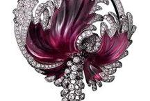 Jewellery / Colour stone pendant wow