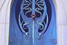 Doors Doorways & Gates