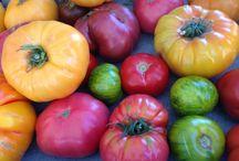 Pretty Produce / Beautiful close-ups of market fruits and veggies.