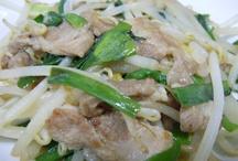 FOOD / 夕飯は実家そばの蕎麦屋さんへ。海老入梅和え蕎麦美味しく頂きました。