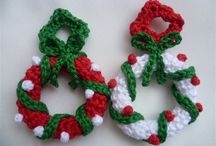 Christmas Crochet Mini Wreaths