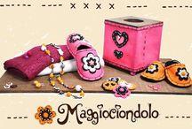 Feltro Maggiociondolo / Borse ciabatte e regalo bambino di Laboratorio Artigianale Maggiociondolo