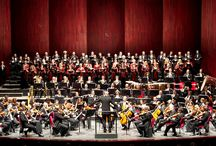 I protagonisti: Orchestra e Coro del Regio con il Direttore Musicale: Gianandrea Noseda / L'Orchestra del Teatro Regio è l'erede del complesso fondato alla fine dell'Ottocento da Toscanini. Il Coro del Teatro Regio di Torino è stato rifondato nel 1945. Entrambi protagonisti di produzioni operistiche e sinfoniche vantano diverse incisioni discografiche e varie trionfali tournée. Gianandrea Noseda è dal 2007 Direttore Musicale del Teatro Regio; con il suo apporto il Regio è oggi stabilmente entrato nella mappa dei grandi teatri d'opera internazionali.