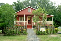 Maison D'Memoire Bed & Breakfast Cottages :: Louisiana Bed and Breakfast  / Rekindle romance, unwind and regroup in our Cajun Country bed and breakfast. Enjoy one of four private cottages that have a sinful breakfast delievered daily! Beautiful grounds and exceptional service.