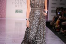 Anita Dongre, Wills India Lifestyle Fashion Week Autumn/Winter 2014 / An Urban Folk Tale (The Jaipur Bride Vol 3)
