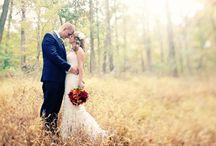 Trouwen: De Herfstbruid / Waar kun je aan denken als je in de herfst trouwt? Denk aan kleuren, trouwjurken, aankleding van je trouwlocatie.