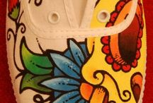 Pretty shoe designs / Ideas for painted and embellished footwear