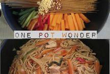 Chicken Recipes / by Bobbi Gray