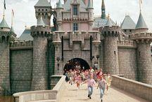 Premières photos du jour d'ouverture du parc Disneyland Californie en 1955