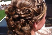 Hair Style / by Andrea Tardin