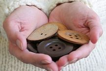 Cute buttons / Beautiful buttons - big and small from all over the internet / by Knitca