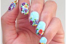 pretty nail art / by Linda Katz