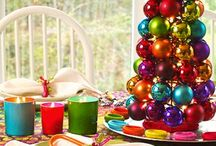 Holiday ideas & decorations / by Noemi Zapata