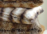 style   faux fur / one of my favorite accent pieces is faux fur!