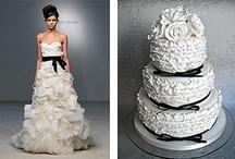 Pretty Wedding Cakes / by Daisiee Horan