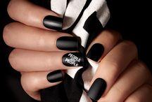 Christian Siriano X imPRESS Manicure