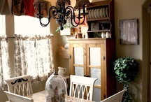 Home: Kitchen and dining / by Maria Sulit Snure