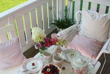 schöner tisch rosa