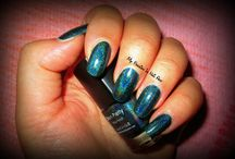 Nails/Nail Color / by Teri Baldwin