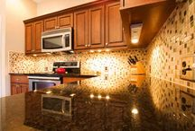 Lighting / Lighting by Cabinet Reface Kitchens & Bathrooms - We partner with local lighting retailers to get you the best selection at the best price - 10029 Perry Dr Overland Park, KS 66212 - (913) 894-8455 - cabinetreface.com/kitchen-lighting