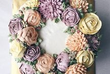 Buttercream Flower Cakes / by Swee San (The Sweet Spot)