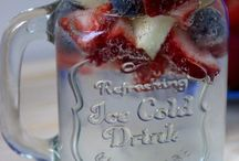 Holidays: 4th of July / Activities, Décor, Crafts, and Recipes for the 4th of July holiday