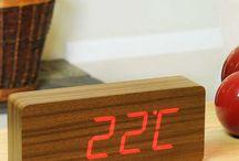 - TENDANCE BOIS - / Des objets épurés en bois, ou finition bois pour donner de la chaleur, de la douceur à votre intérieur ou tout simplement sublimer votre regard...