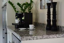 Bänkskivor Granit & Marmor. / Bänkskivor i granit och marmor som passar till olika kök bl a Ikea.