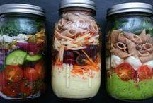 Salate im Glas /Unterwegs