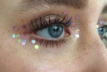 Glitter/make up