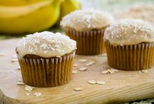 >Paula Deen'sCupcake Cravings< / by Patsy Bullard