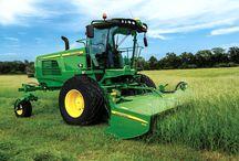 Cutting Hay & Forage / Cutting all types of hay & forage.