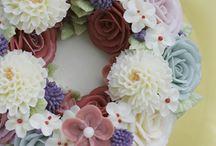butter cream flower cakes