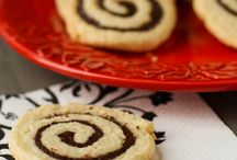 Yummy Cookies, mmmmm cookies / Cookies / by Signe Hardesty Schaal Ivanovitch