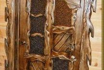 Деревенские двери