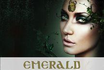 Eye of Horus Emerald Eyeliner
